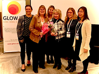 "Languages Canada's own Linda Auzins receives GLOW ED's ""Outstanding Contribution to the International Education Sector"" award at CBIE 2019 in Winnipeg"